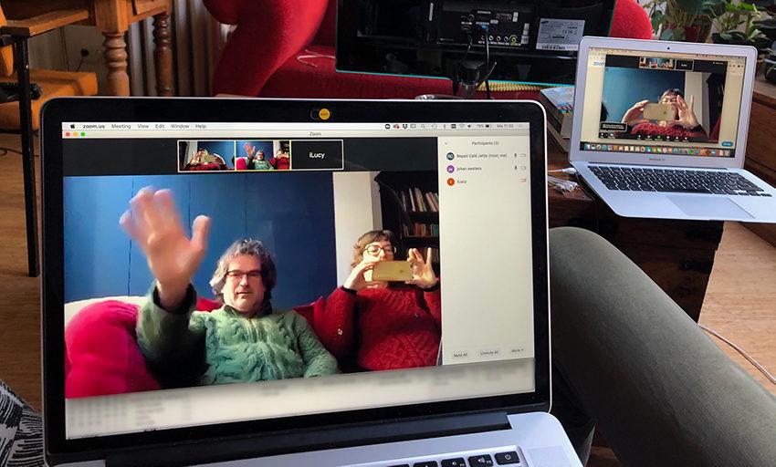 RC Jeltje gaat telefiksen en hartefiksen (iedereen thuis achter eigen computer)
